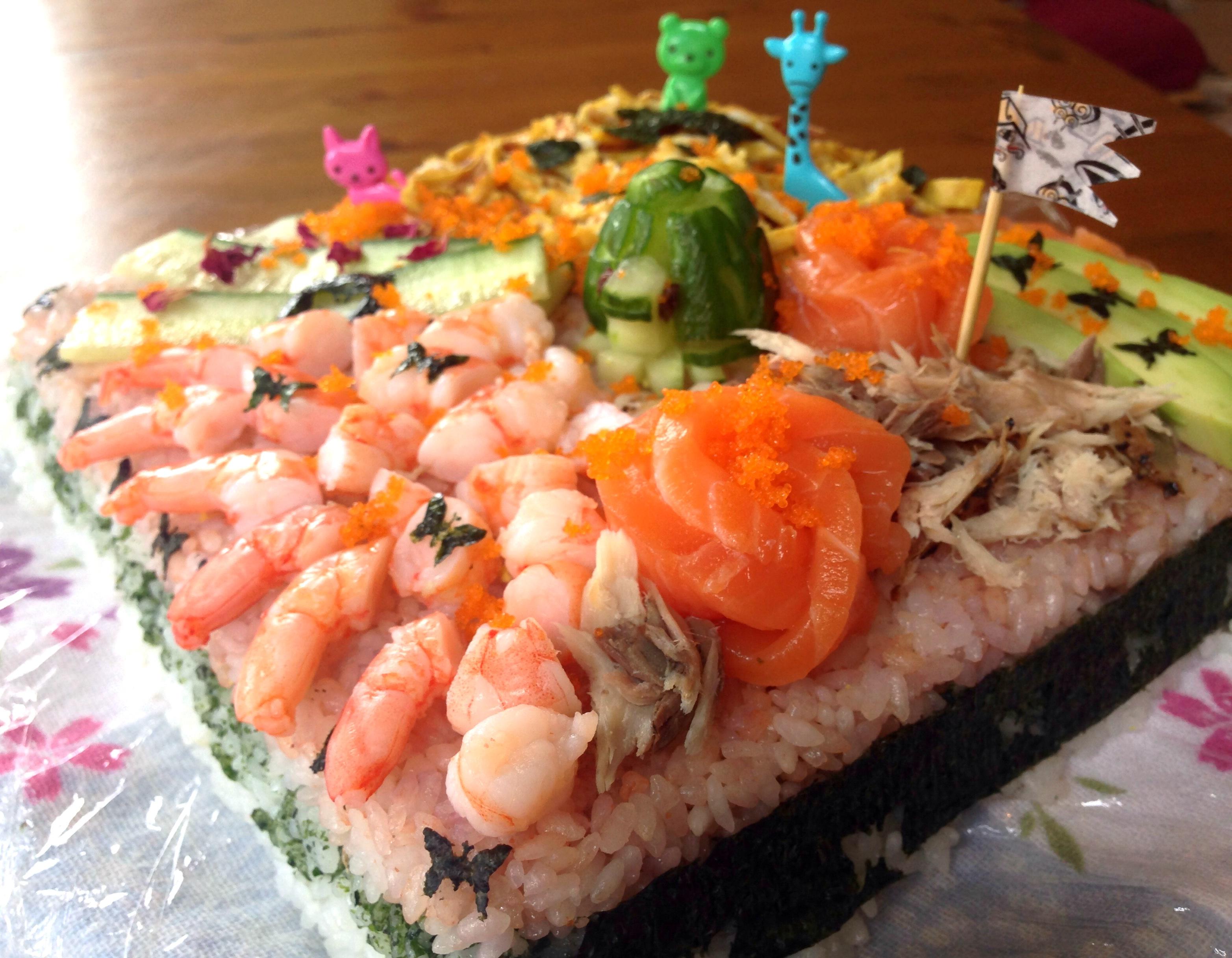 sushi cakes alice sushi art. Black Bedroom Furniture Sets. Home Design Ideas