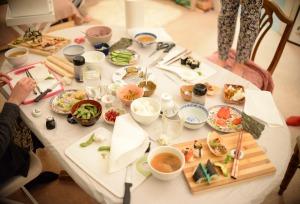 sushi-table-jpg
